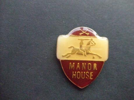Manor House ridder te paard