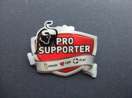 Pro supporter drink fair play voetbal